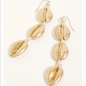 Free people seashells dangle earring